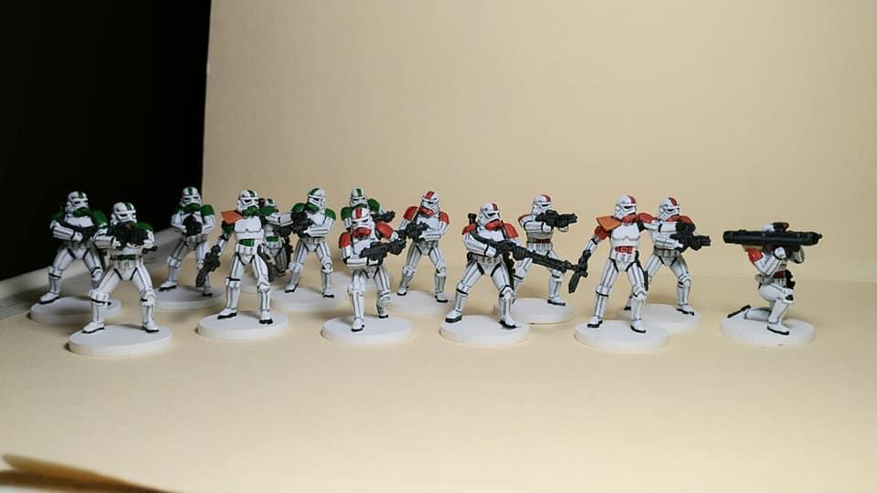 589261324_Stormtroopers3.jpg.11658d0fd4730cda9ee3a39625514ecb.jpg